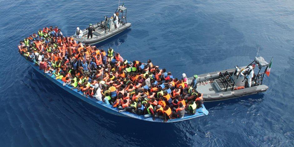 غرق زورق للهجرة غير الشرعية قبالة سواحل ليبيا .. إنقاذ 17 من 100 مفقود