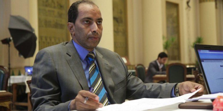 عضو تشريعية البرلمان يطالب بتعميم الشركة القابضة للقمامة