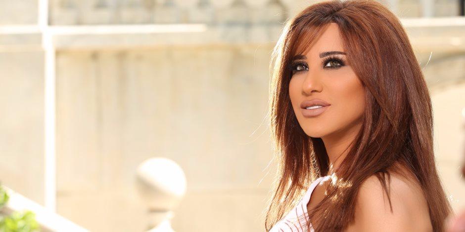 زواج الفنانة نجوى كرم من رجل أعمال لبناني (صور)