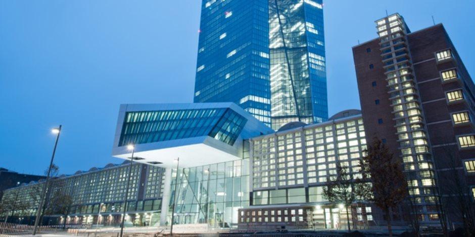 تراجع فائض المعاملات الجارية لمنطقة اليورو من مستوى قياسي