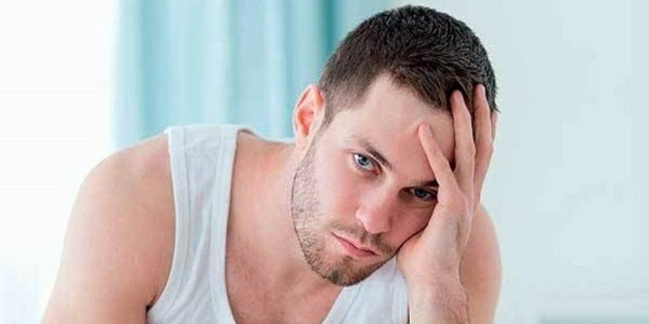 «سن اليأس مش بس للستات».. 4 أساب تدخل الرجال مرحلة «النوم في العسل»