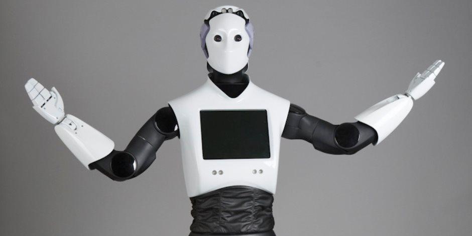 دبى تستعين بأول ضابط روبوت وتنوى استكمال المنظومة حلول العام 2030