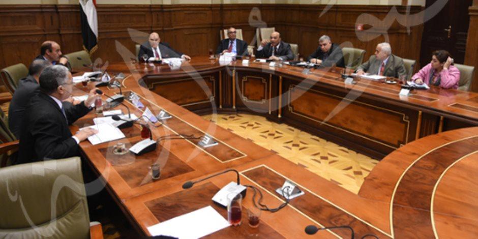 دفاع النواب تستكمل مناقشة قانون المرور الجديد وطلبات بشأن الإدارة المحلية