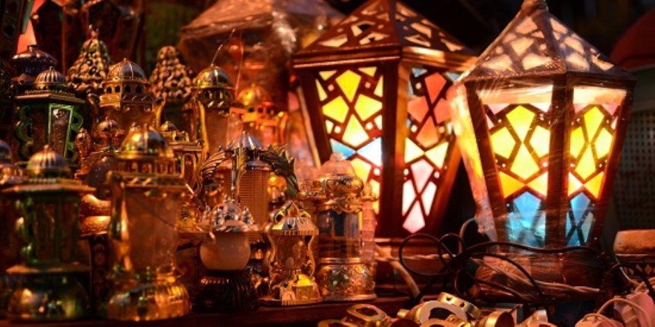 رمضان فى مصر يعنى زينة وفول ودقة المسحراتى. أشهر طقوس المحروسة لاستقبال شهر الصوم