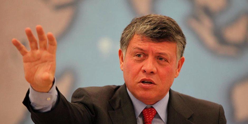 العاهل الأردني يسلم رئاسة القمة العربية: علينا تفعيل العمل لإحلال السلام في المنطقة