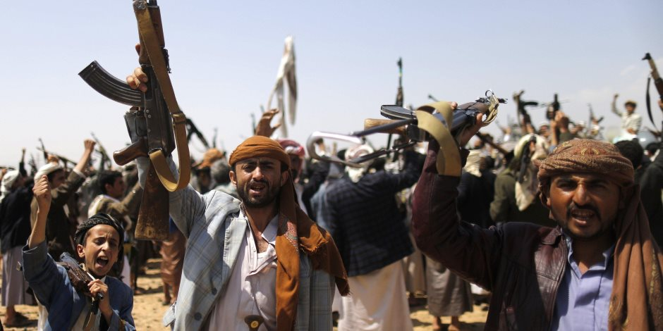 جريمة جدية ضد الإنسانية.. خطة الحوثي لتجهيز أطفال اليمن للحرب عبر المعسكرات الصيفية