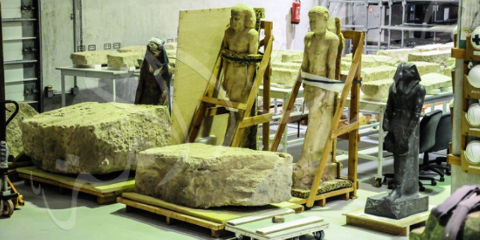 4 مراحل لنقل الآثار للمتحف الكبير.. هل الإجراءات كافية لضمان سلامة القطع الأثرية؟