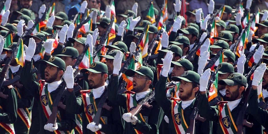 الحرس الثورى الإيرانى: خامنئى هو من أمر بضرب أهداف لداعش فى سوريا