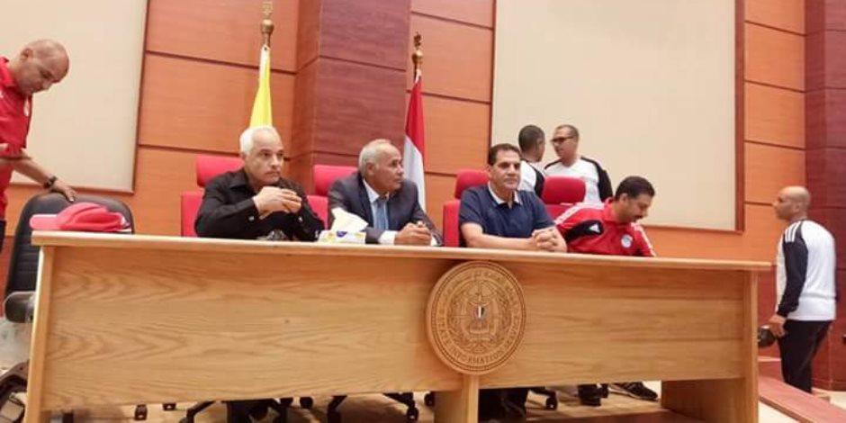 """أخطاء جمال الغندور في تفسير لوائح الـ""""كاف"""" لملابسات مباراة سيمبا والمصري بالكونفيدرالية"""