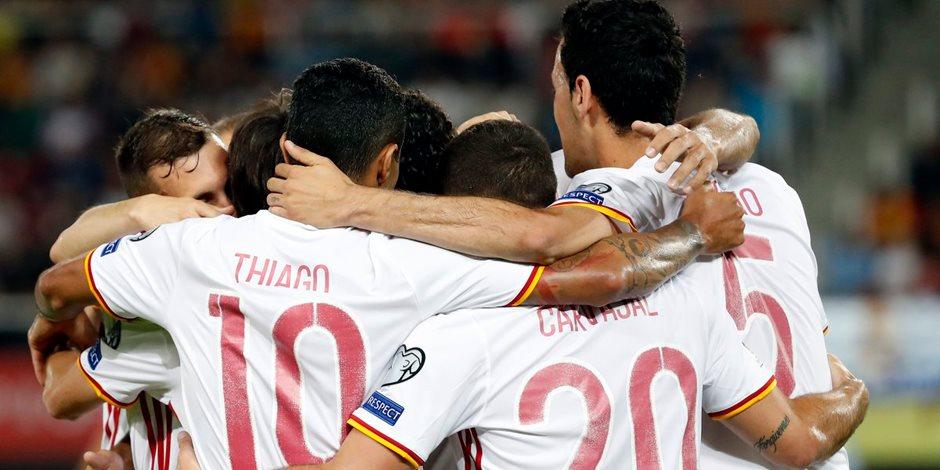 إسبانيا تتقدم بهدفين نظيفين على مقدونيا في الشوط الأول بتصفيات المونديال (فيديو)