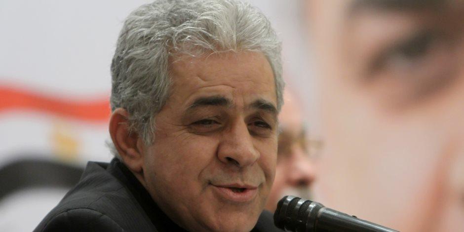 بلاغ يتهم حمدين صباحي بالتحريض ضد الدولة.. ويطالب بإيداعه مستشفى الأمراض العقلية