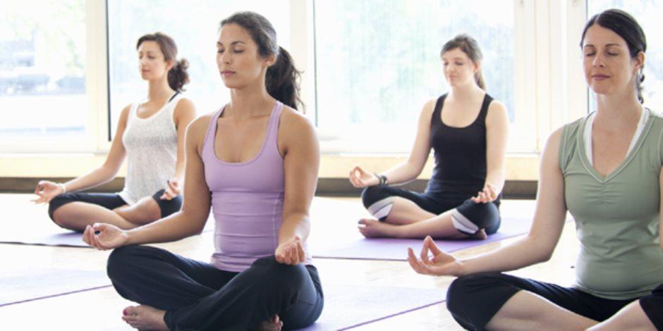 اليوجا والتأمل لعشرين دقيقة في اليوم يخفض أعراض اضطراب مابعد الصدمة لكبار السن