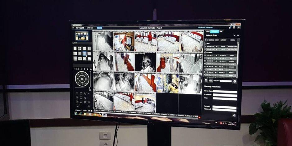 بالصور.. مرور قنا يعلن عن تركيب كاميرات مراقبة بمكاتب التراخيص للقضاء علي الرشوة والمحسوبية