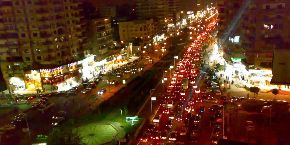 النشرة المرورية المسائية.. سيولة مرورية بشوارع وميادين القاهرة والجيزة