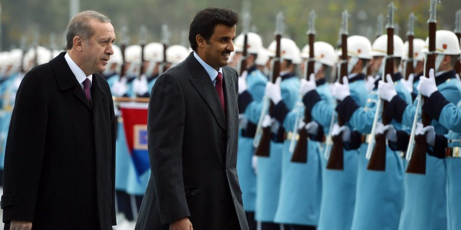"""""""حريم السلطان"""".. كيف علق خليجيون على استثمارات قطر في تركيا؟"""