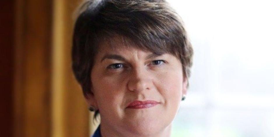 اتفاق بين رئيسة وزراء بريطانيا والحزب الديمقراطي الوحدوى في إيرلندا الشمالية