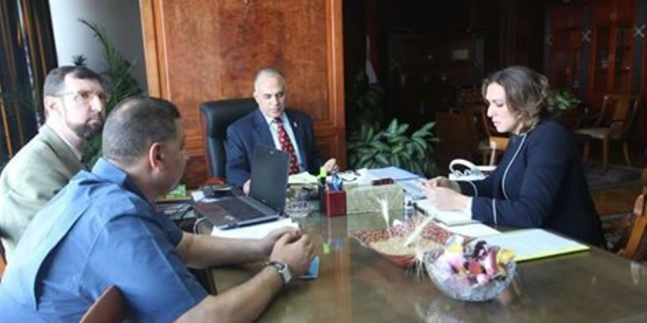 وزير الري يستقبل رانيا علواني (صور)