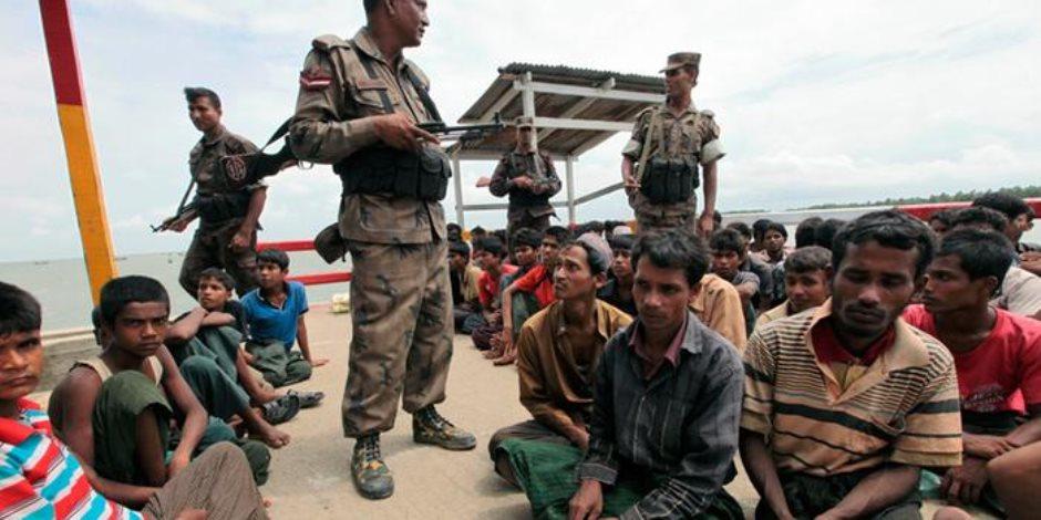 بورما تقول إن 58 لاجئا من الروهينغا عادوا الى اراضيها طوعا
