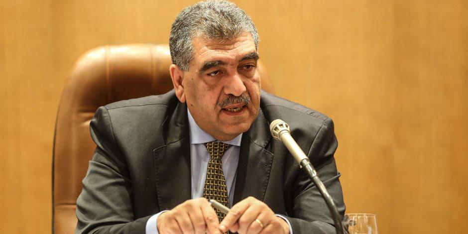 أشرف الشرقاوى يفتتح الدورة الأولى لإعداد كوادر قطاع الأعمال