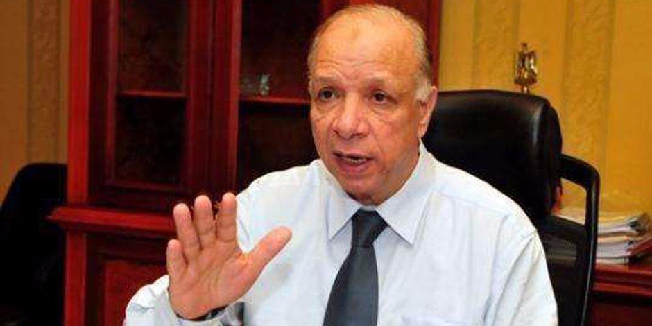 رئيس حي غرب القاهرة «القانون أولا».. ونظيره في الهرم يسكن في العشوائية