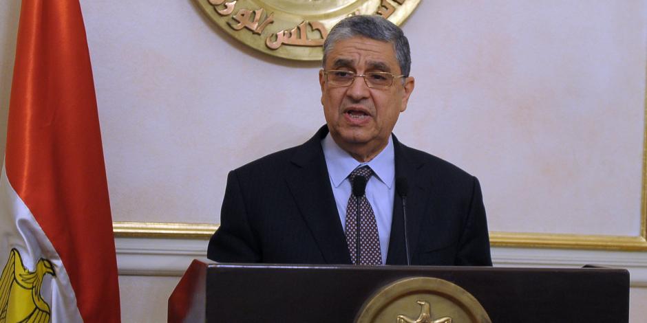 150 ألف ساعد يضيئون بيوت مصر.. 10 قواعد وراء نجاح الحكومة في ضبط ملف الكهرباء