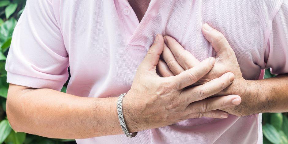 أطباء: لا علاقة بين الأطعمة الغنية بالكوليسترول وأمراض القلب