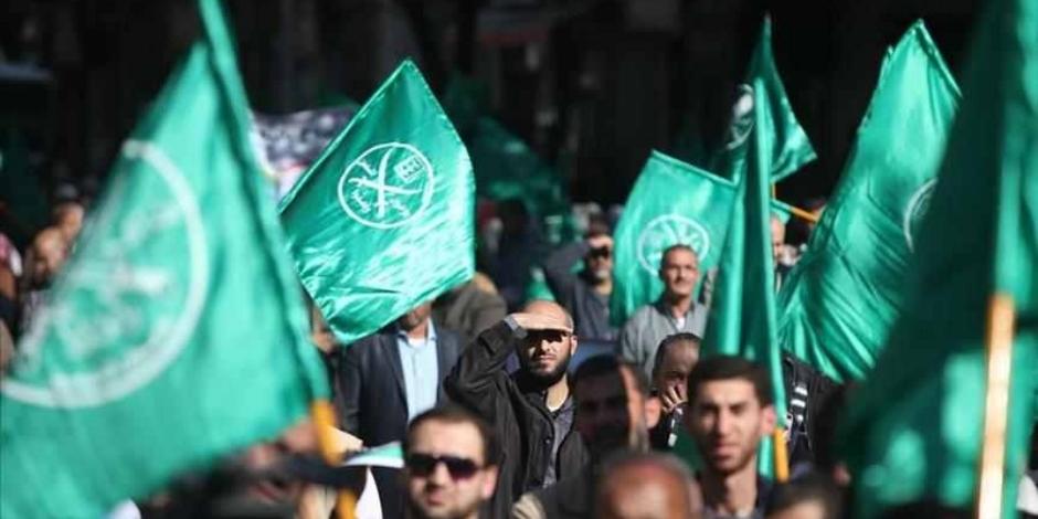 دموع في عيون وقحة.. تنظيم الإخوان يسعى للتغطية على فشله بورقة الاعترافات الأخيرة