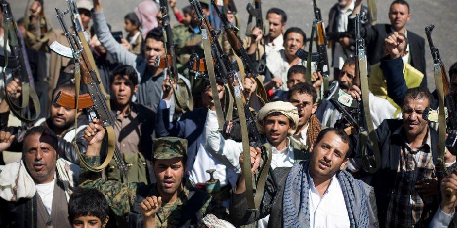 صحف الإمارات تفضح ميليشيا الحوثي.. يجندون الأطفال والنساء باليمن بتعليمات إيرانية