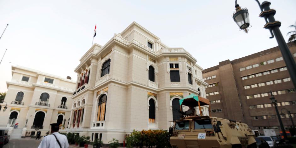 لا تغيير في موعد الدراسة الجامعية.. «معلومات الوزراء» ينفي 6 شائعات خلال أسبوع