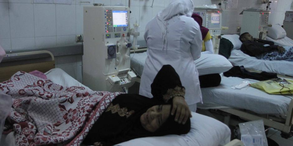 خروج 24 شخص بينهم عروسين من مستشفى كفر صقر بعد استنشاقهم مادة سامة