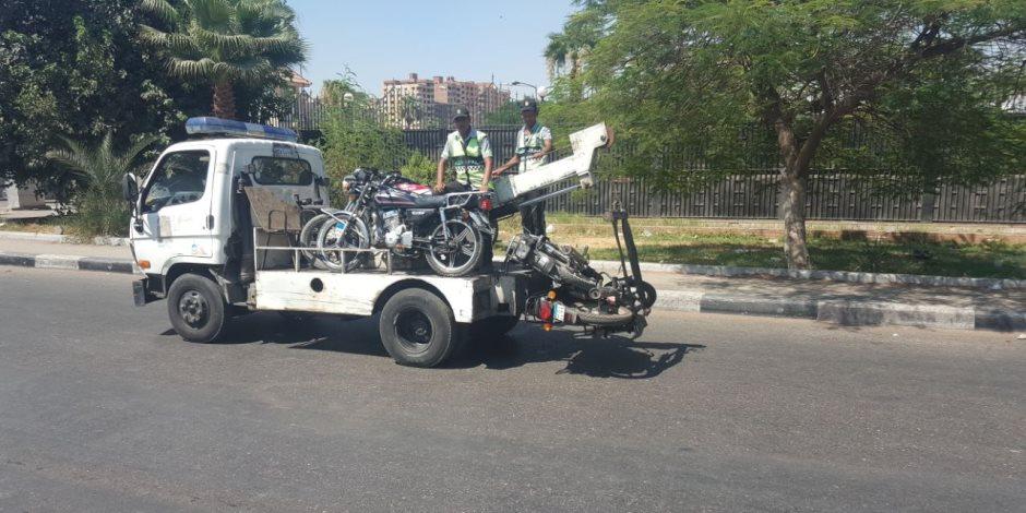 خلال 24 ساعة.. المرور: تحرير 840 مخالفة متنوعة لدراجات بخارية وحجز 320 بالمحافظات