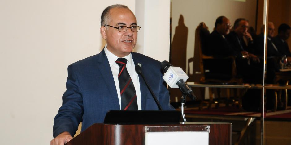 الري: مقترحات لتطوير كورنيش النيل.. ودراسة اقتصادية لاستغلال الجسور