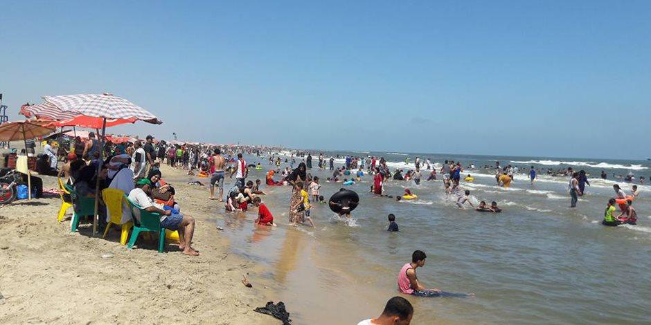 لو أنت فى المصيف.. تعرف على أفضل وأسوأ فترة للاصطفاف على الشواطئ
