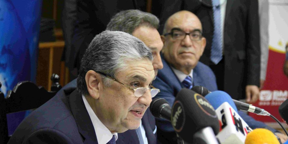 """نائب رئيس شركة أوراكل للتكنولوجيا يشيد بإنجازات """"الكهرباء"""" في مصر"""