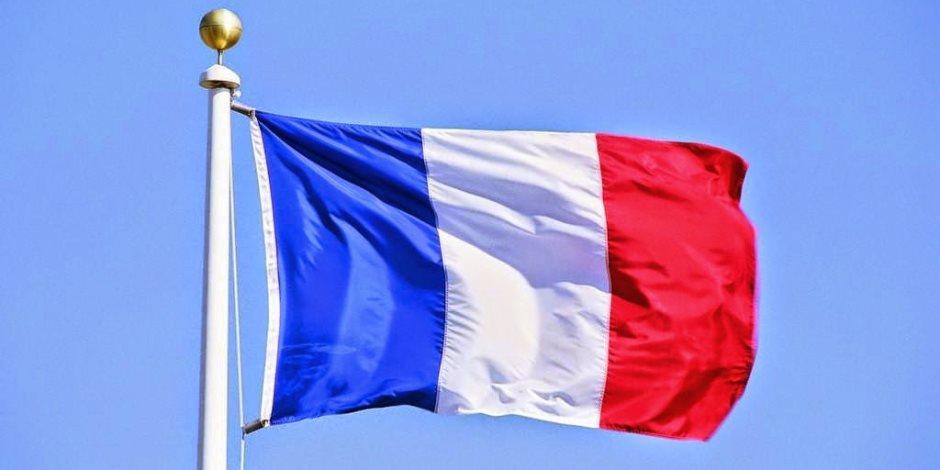 للتعليم قدسية.. البرلمان الفرنسي يحظر «الموبايل» في المدارس