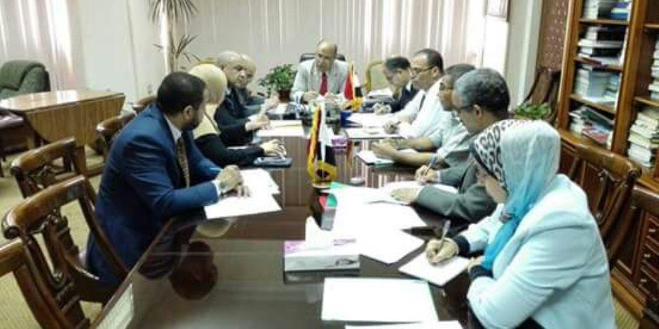 اللجنة القانونية بـ«الري» تبحث التظلمات المقدمة للوزارة بشأن عقود التوريدات