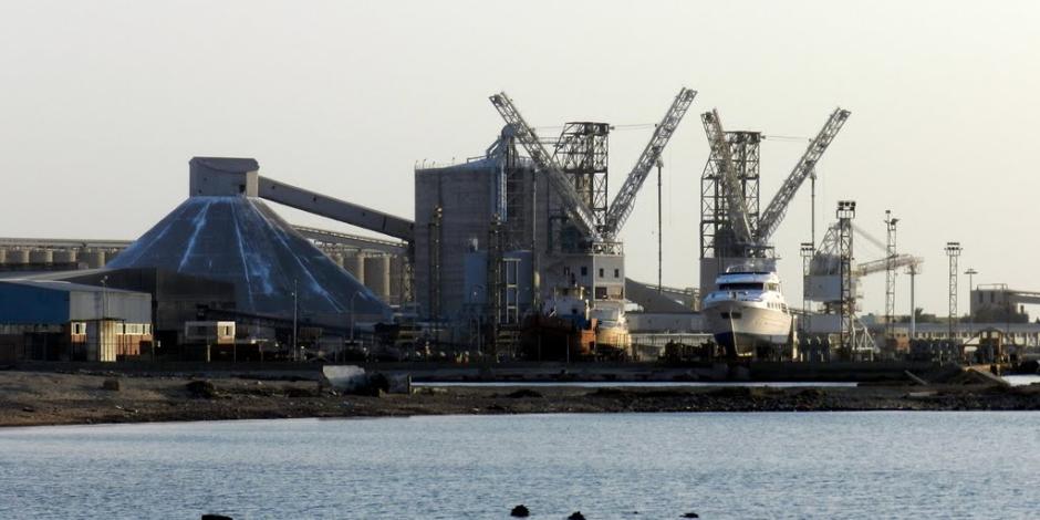 ميناء سفاجا يستقبل 1019 راكبا و110 شاحنات و4 سيارات اليوم