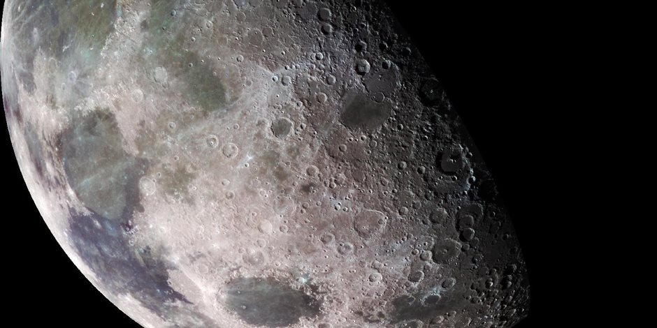 علماء الفلك يؤكدون.. صخور القمر غنية بالماء
