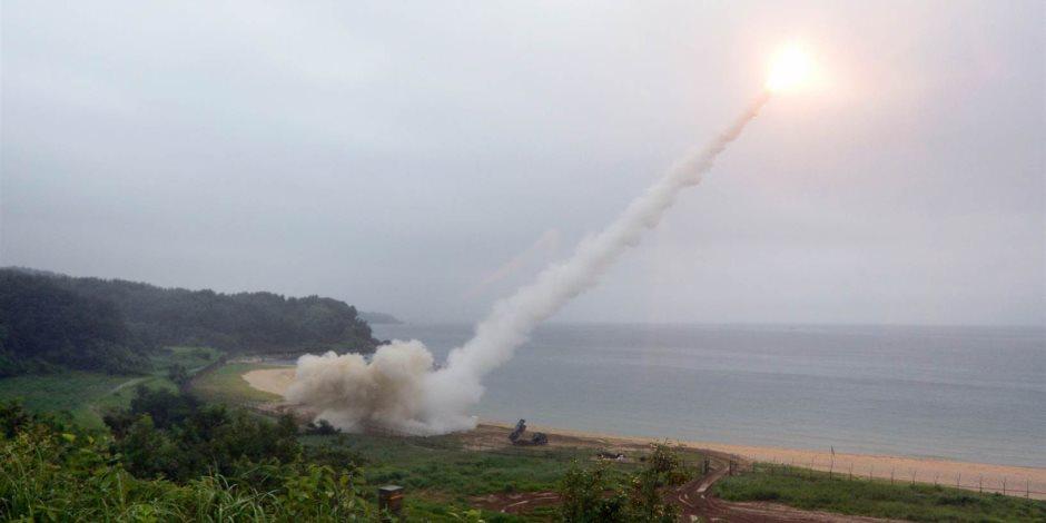 الحكم بالسجن سنتين لـ 3 بحارين أطلقوا صاروخا بالخطأ تجاه الصين