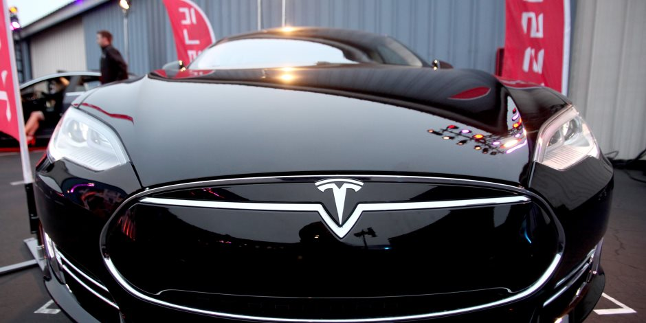 مواصفات سيارة تسلا الأمريكية موديل 3 الجديدة (صور)