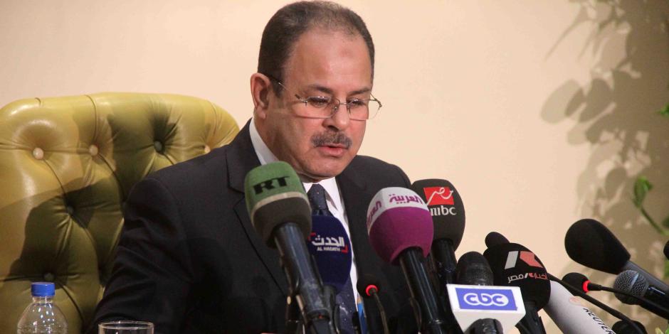 وزير الداخلية يترأس غرفة عمليات لملاحقة منفذى حادث مسجد الروضة الإرهابى