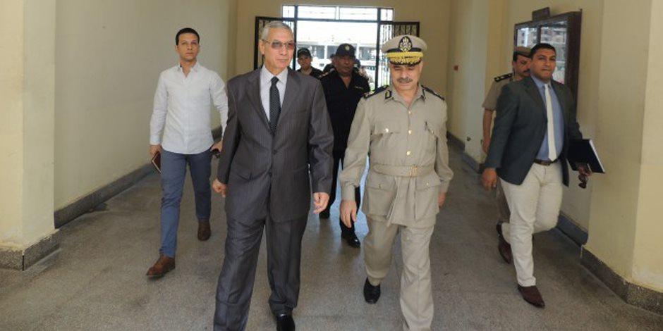 القبض على شيخ بلد عرض رشوة على رئيس كنترول الشهادة الإعدادية بالمنيا