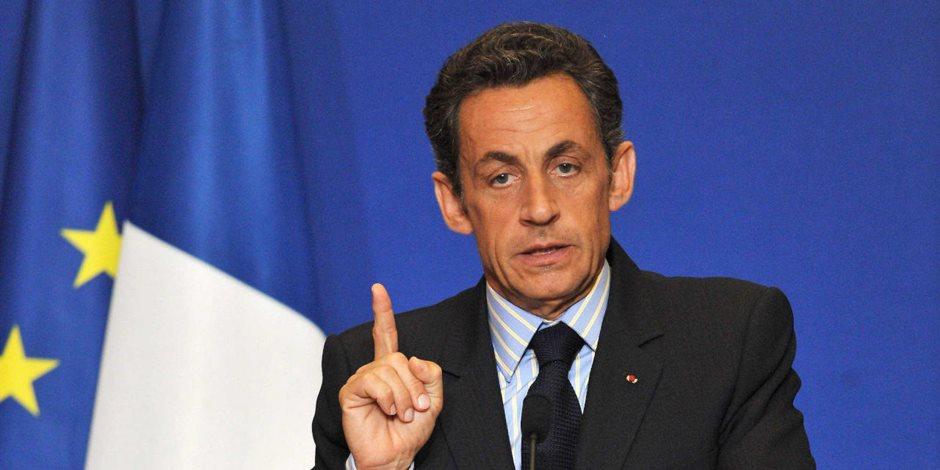 """""""مع تحيات قائد الثورة"""".. كتاب فرنسي جديد يكشف تورط ساركوزي في اغتيال القذافي"""