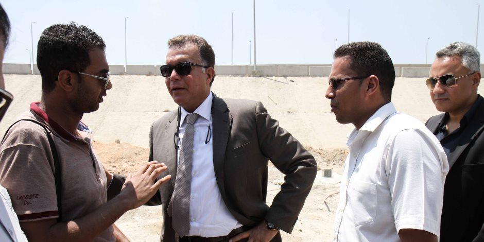 وزير النقل يتفقد أعمال تطوير ميناء طابا البري