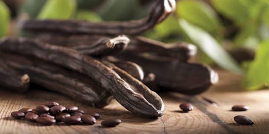 الخروب ثمرة مهمة.. تساعد في إنقاص الوزن وتحتوي علي الكالسيوم