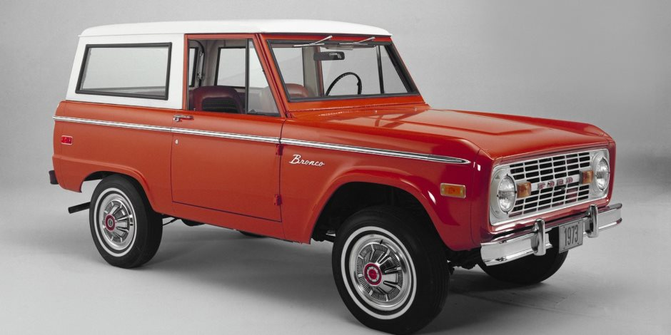 فورد برونكو تتصدر قائمة أكثر السيارات الكلاسيكية شعبية