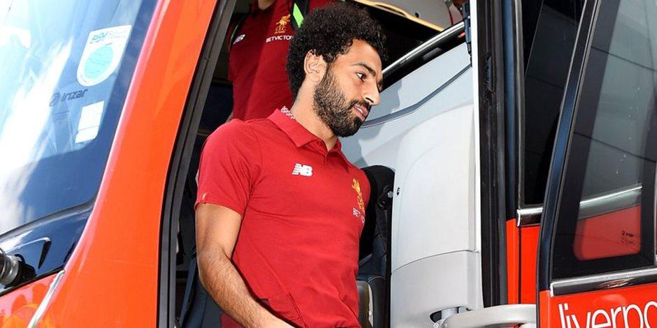 وصول محمد صلاح مع فريقه إلى آنفيلد إستعداداً لمواجهة هوفنهايم (فيديو)