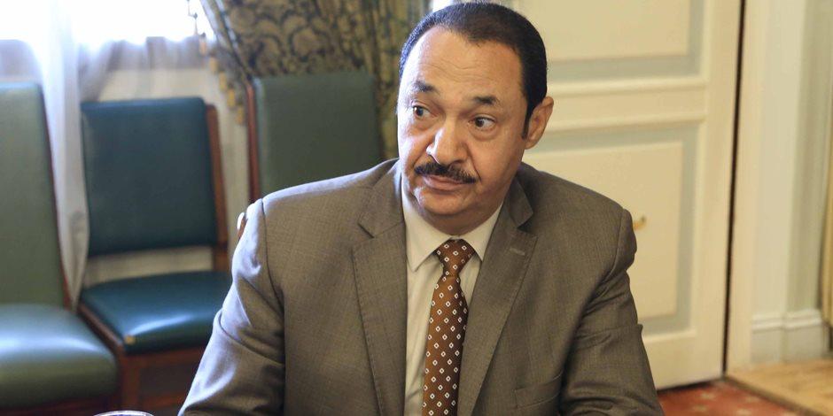 برلماني يطالب بتعديل الدستور لزيادة فترة الرئاسة