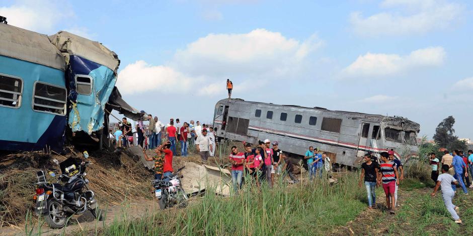 أهالى ضحايا حادث قطار بالإسكندرية يطالبون بالتحقيق الفوري ومحاسبة المتسببين
