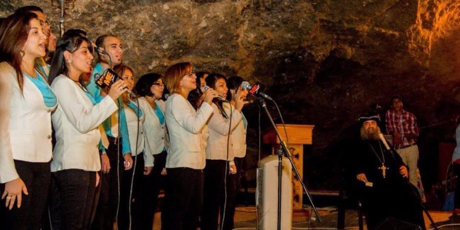 بدء احتفالات دير العذراء في جبل أسيوط (صور)